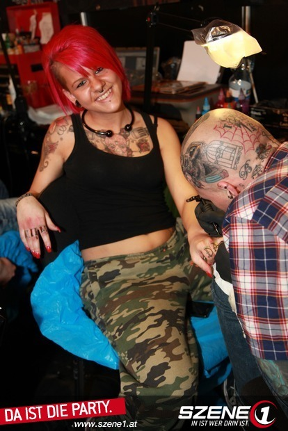 melk spiele handabdruck tattoo