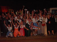 Gruppenavatar von nur wer im dirndl zu de chippendales fhrt hods drauf