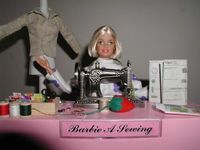 Gruppenavatar von Ich möchte so sein wie Barbie, die Schlampe hat einfach alles!!! :)
